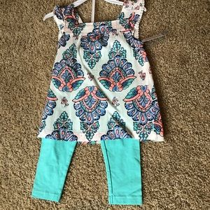 NWT Two piece outfit